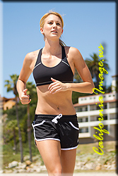 Santa Barbara Model FIT_JENAH_4439.jpg